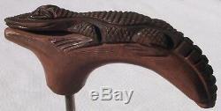Alligator En Bois Sculpté Conçu Pour Servir De Poignée De Canne