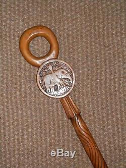Antique Africaine Tribal Sculpté À La Main Couronne Et Elephant Bâton De Marche En Bois 88cm