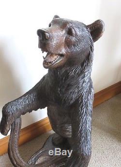 Bâton De Marche Antique En Bois Sculpté Ours De La Forêt Noire