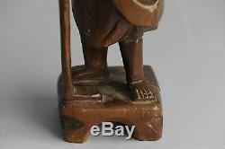Charmant! Statue D'homme Antique En Bois Sculpté Avec Canne