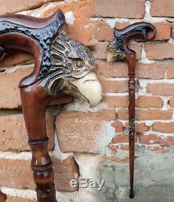 Eagle Poignée Sculpté. Bâton De Randonnée. La Main De Canne En Bois. Bâton De Marche Sculpté. Wal